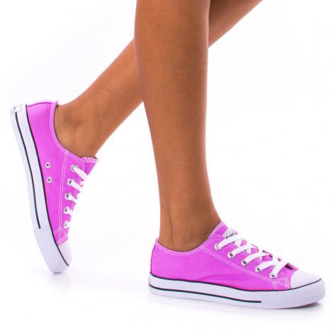https://www.pantofi-trendy.ro/image/cache/data/!!!/00064/DSC_0156-1000x1000.jpg
