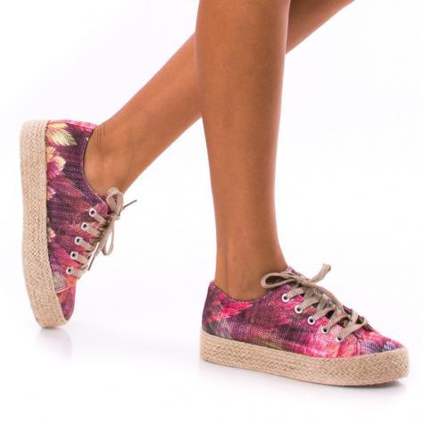 https://www.pantofi-trendy.ro/image/cache/data/!!!/00064/DSC_0242-1000x1000.jpg