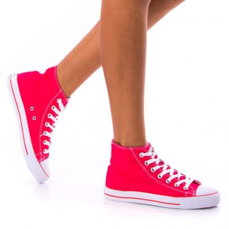 https://www.pantofi-trendy.ro/image/cache/data/!!!/00064/DSC_0408-1000x1000.jpg