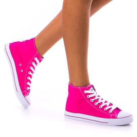 https://www.pantofi-trendy.ro/image/cache/data/!!!/00064/DSC_0414-1000x1000.jpg