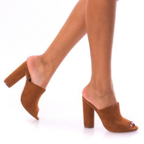 https://www.pantofi-trendy.ro/image/cache/data/!!!/00065/DSC_0121-1000x1000.jpg