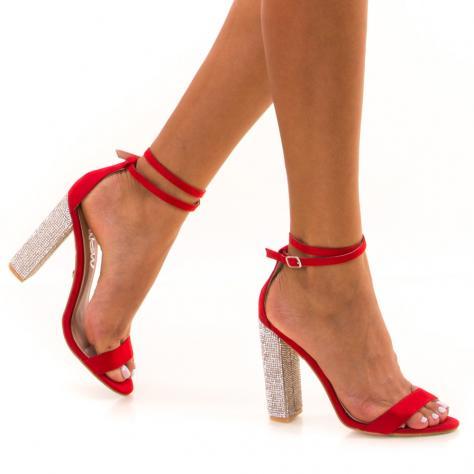 https://www.pantofi-trendy.ro/image/cache/data/!!!/00065/DSC_9195-1000x1000.jpg