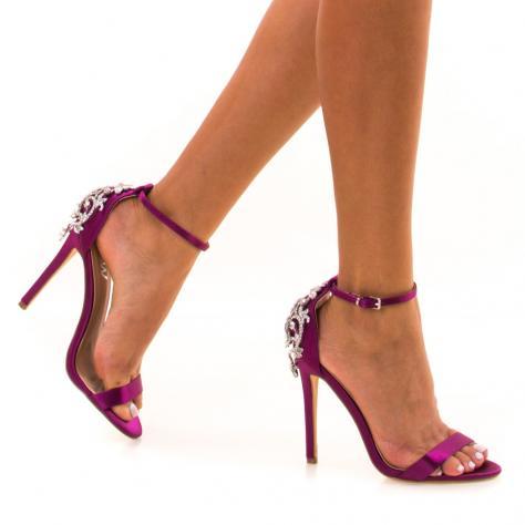 https://www.pantofi-trendy.ro/image/cache/data/!!!/00065/DSC_9204-1000x1000.jpg