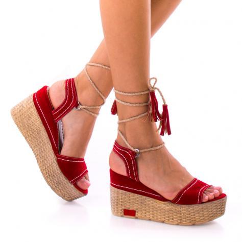 https://www.pantofi-trendy.ro/image/cache/data/!!!/00066/DSC_7836-1000x1000-1000x1000.jpg
