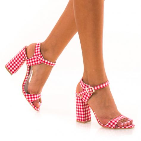 https://www.pantofi-trendy.ro/image/cache/data/!!!/00070/DSC_7998-1000x1000.jpg