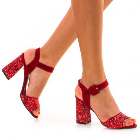 https://www.pantofi-trendy.ro/image/cache/data/!!!/00077/DSC_0788-1000x1000.jpg