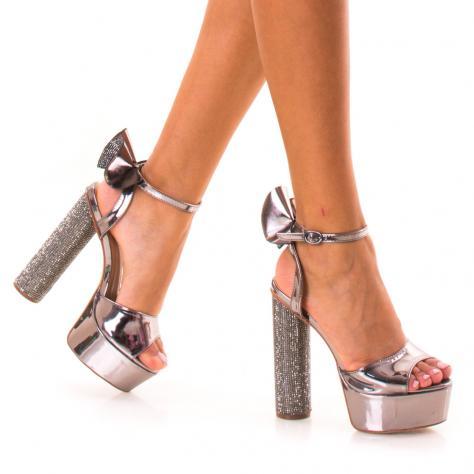 https://www.pantofi-trendy.ro/image/cache/data/!!!/00088/DSC_2901-1000x1000.jpg