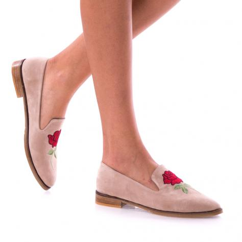 https://www.pantofi-trendy.ro/image/cache/data/!!!/063/DSC_9234-1000x1000-1000x1000.jpg