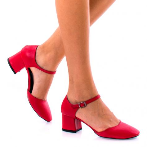 https://www.pantofi-trendy.ro/image/cache/data/!!!/065/DSC_7724-1000x1000-1000x1000.jpg