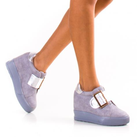 https://www.pantofi-trendy.ro/image/cache/data/!!!/067/DSC_2361-1000x1000.jpg