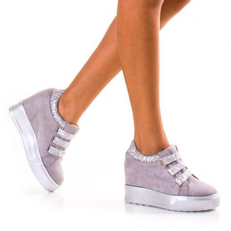 https://www.pantofi-trendy.ro/image/cache/data/!!!/070/DSC_2322-1000x1000.jpg