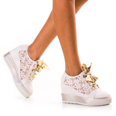 https://www.pantofi-trendy.ro/image/cache/data/!!!/072/DSC_2299-1000x1000.jpg