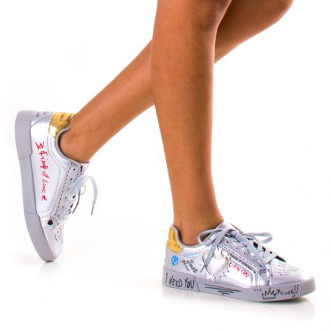 https://www.pantofi-trendy.ro/image/cache/data/!!!/077/DSC_2242-1000x1000.jpg