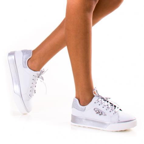 https://www.pantofi-trendy.ro/image/cache/data/!!!/079/DSC_2220-1000x1000.jpg