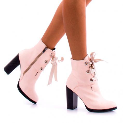 https://www.pantofi-trendy.ro/image/cache/data/!!/000055/DSC_5690-1000x1000-1000x1000.jpg