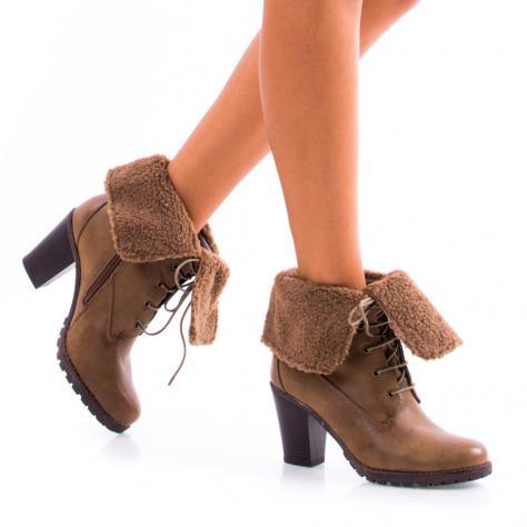 https://www.pantofi-trendy.ro/image/cache/data/!!/000058/DSC_6948-1000x1000.jpg