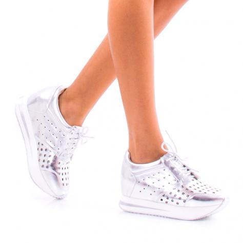 https://www.pantofi-trendy.ro/image/cache/data/!!/0077/DSC_8469-1000x1000.jpg
