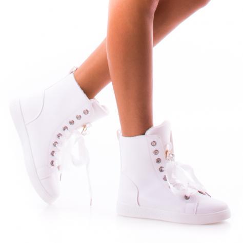 https://www.pantofi-trendy.ro/image/cache/data/!!/0085/DSC_9755-1000x1000.jpg