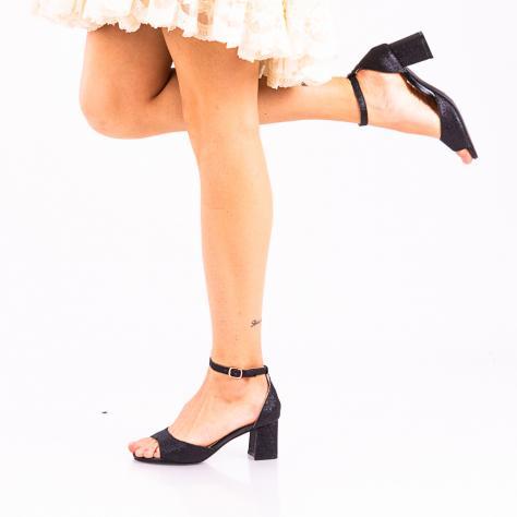 https://www.pantofi-trendy.ro/image/cache/data/!0/!04/DSC_4155-3-1000x1000.jpg