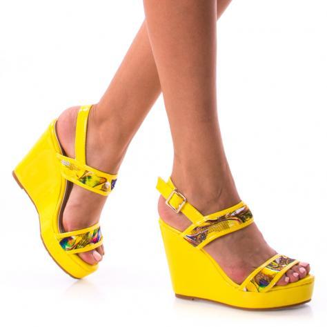 https://www.pantofi-trendy.ro/image/cache/data/0-13/08/DSC_2445-1000x1000.jpg