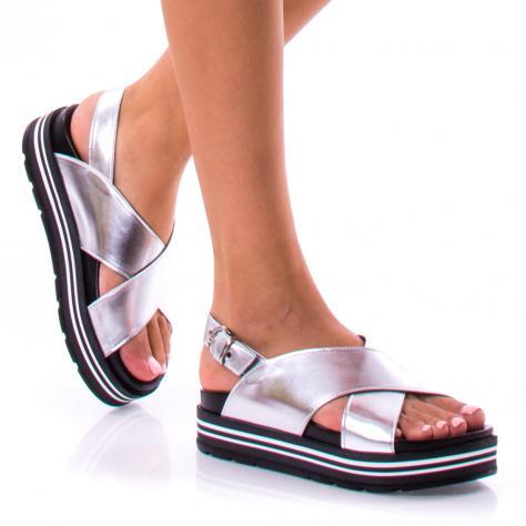 https://www.pantofi-trendy.ro/image/cache/data/0-13/39/DSC_1691-1000x1000.jpg