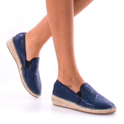 https://www.pantofi-trendy.ro/image/cache/data/0-19/a/DSC_9521-1000x1000.jpg
