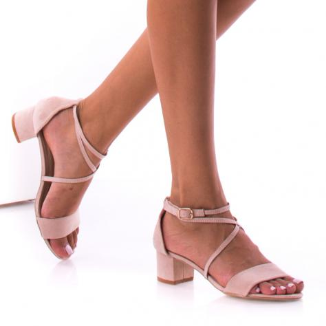 https://www.pantofi-trendy.ro/image/cache/data/0-21/0/DSC_6024-1000x1000.jpg