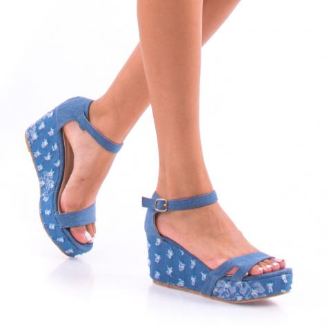 https://www.pantofi-trendy.ro/image/cache/data/0-21/00/DSC_6552-1000x1000.jpg