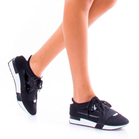 https://www.pantofi-trendy.ro/image/cache/data/0-24/b/DSC_2203-1000x1000.jpg