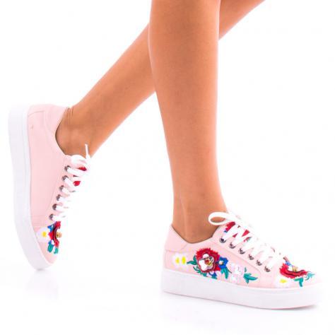 https://www.pantofi-trendy.ro/image/cache/data/0-31/p/DSC_7439-1000x1000.jpg