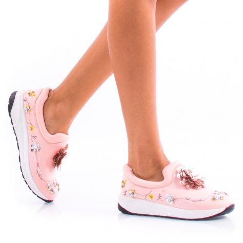 https://www.pantofi-trendy.ro/image/cache/data/0-32/0/DSC_8760-1000x1000.jpg