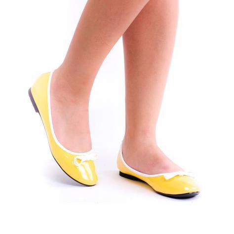 https://www.pantofi-trendy.ro/image/cache/data/00000000112/A-13/A-13_YELLOW_1-1000x1000.jpg