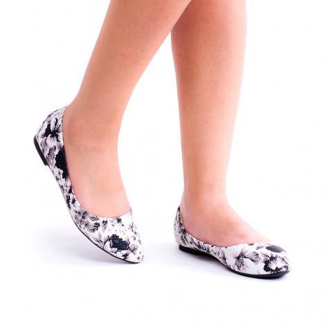 https://www.pantofi-trendy.ro/image/cache/data/00000000112/A-30/A-30_BLACK_1-1000x1000.jpg