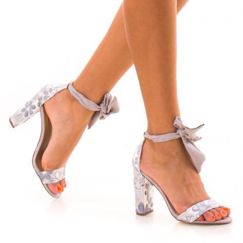 https://www.pantofi-trendy.ro/image/cache/data/NNM/-02/DSC_8841-1000x1000.jpg