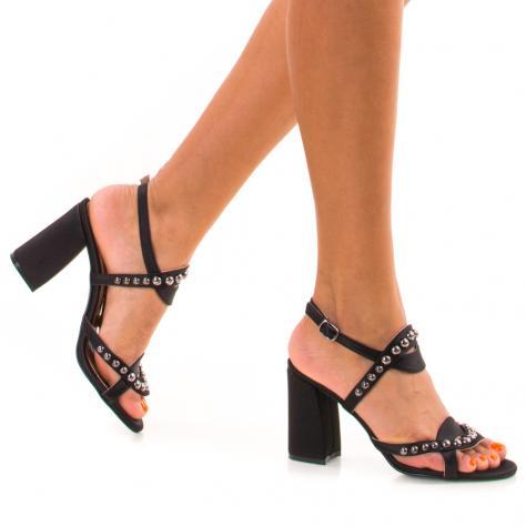 https://www.pantofi-trendy.ro/image/cache/data/NNM/-03/DSC_6840-1000x1000.jpg