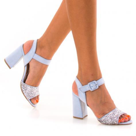 https://www.pantofi-trendy.ro/image/cache/data/NNM/-03/DSC_7750-1000x1000.jpg