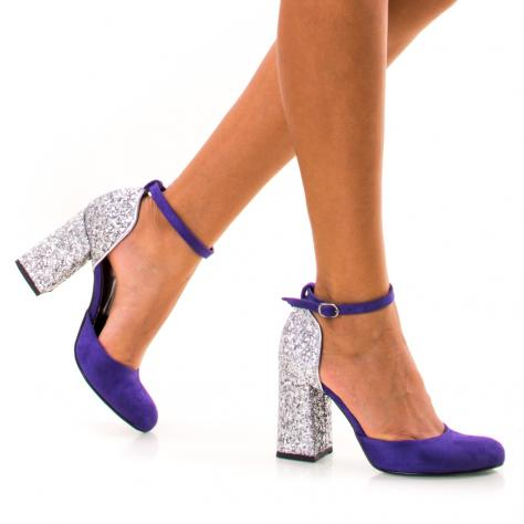 https://www.pantofi-trendy.ro/image/cache/data/NNM/001/DSC_8936-1000x1000.jpg