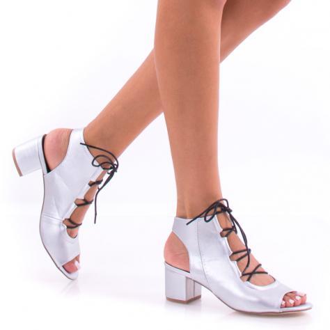 https://www.pantofi-trendy.ro/image/cache/data/zzzzzzzz1/8/DSC_6773-1000x1000.jpg