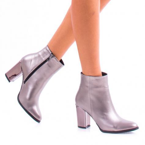 https://www.pantofi-trendy.ro/image/cache/data/zzzzzzzzz60/18/DSC_4832-1000x1000.jpg