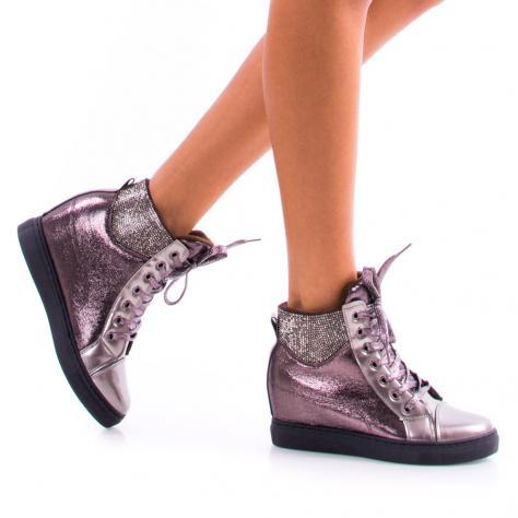 https://www.pantofi-trendy.ro/image/cache/data/zzzzzzzzz9/8/DSC_7440-1000x1000.jpg