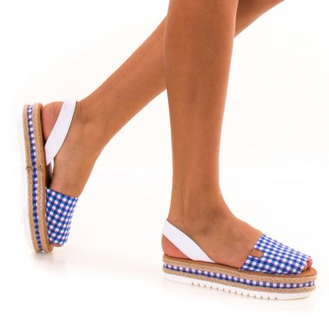https://www.pantofi-trendy.ro/image/cache/data/zzzzzzzzzz82/!001/DSC_9358-1000x1000.jpg