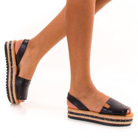 https://www.pantofi-trendy.ro/image/cache/data/zzzzzzzzzz82/!001/DSC_9378-1000x1000.jpg