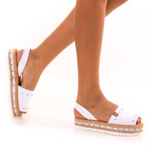 https://www.pantofi-trendy.ro/image/cache/data/zzzzzzzzzz82/!001/DSC_9387-1000x1000.jpg