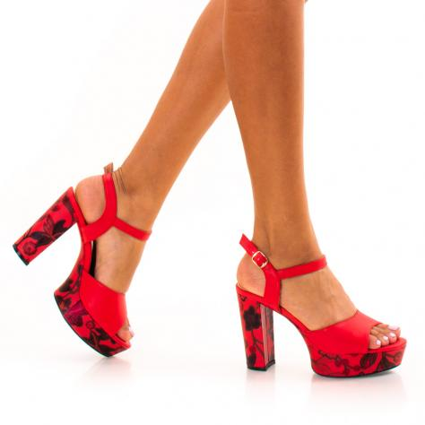 https://www.pantofi-trendy.ro/image/cache/data/zzzzzzzzzz82/!003/DSC_9729-1000x1000.jpg