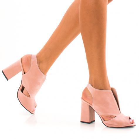 https://www.pantofi-trendy.ro/image/cache/data/zzzzzzzzzz82/!01/DSC_4442-1000x1000.jpg