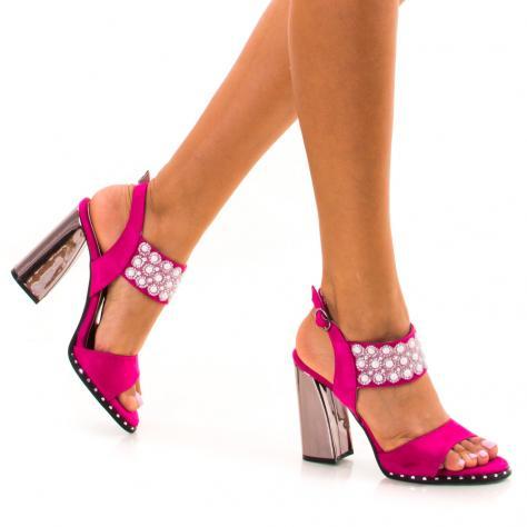 https://www.pantofi-trendy.ro/image/cache/data/zzzzzzzzzz82/3/DSC_7391-1000x1000.jpg