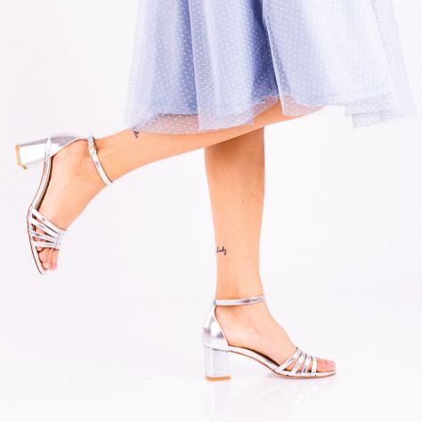 https://www.pantofi-trendy.ro/image/cache/data/zzzzzzzzzz9/!00007/DSC_3509-3-1000x1000.jpg