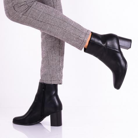https://www.pantofi-trendy.ro/image/cache/data/zzzzzzzzzzz32/!00002/DSC_7061-1000x1000.jpg