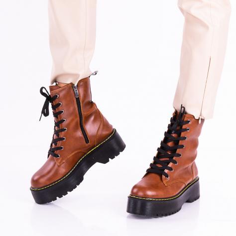https://www.pantofi-trendy.ro/image/cache/data/zzzzzzzzzzz32/!00004/DSC_8415-1000x1000.jpg