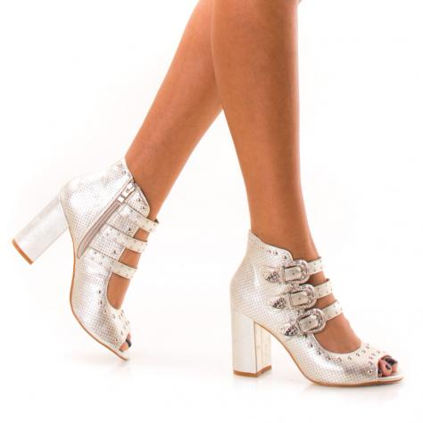 https://www.pantofi-trendy.ro/image/cache/data/zzzzzzzzzzz32/13/DSC_4485-1000x1000.jpg